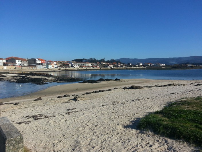 Vista de la Playa de A Mouta desde Torre de San Sadurniño