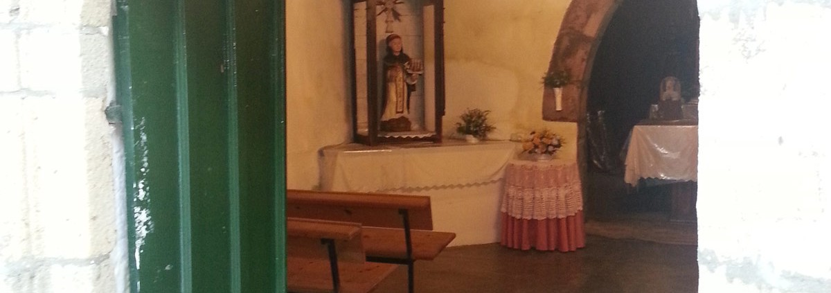 Interior de la Capela de Santa Margarida