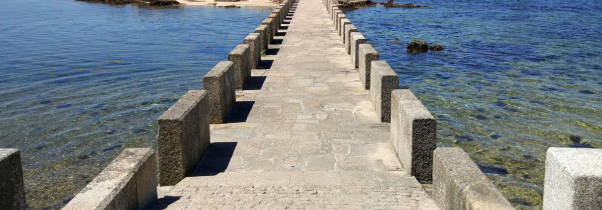 Playa A Mouta Torre de San Sadurniño
